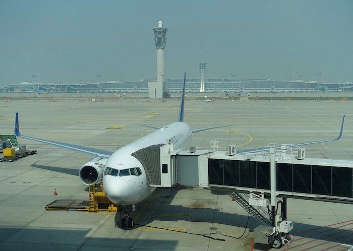 韓国ソウル 仁川国際空港 エア・アスタナ767S